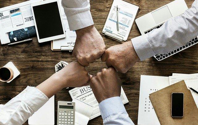B2b markkinoinnissa korostuu asiakkaan kanssa tehty yhteistyö